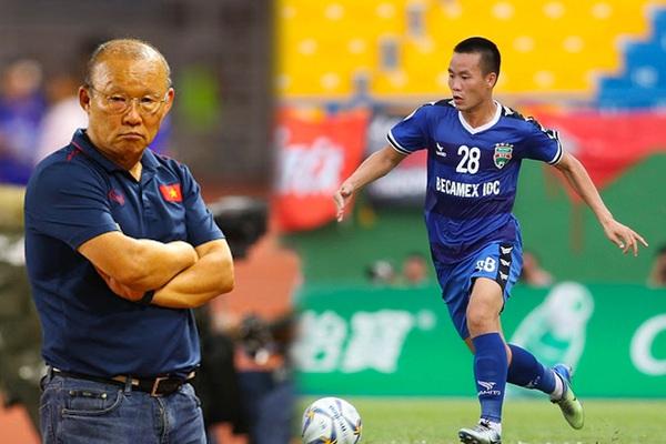 """HLV Park Hang-seo đã khuyên """"hiện tượng V.League 2021"""" Tô Văn Vũ điều gì?"""