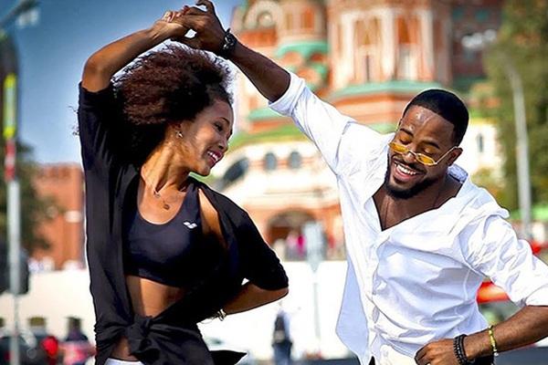 Trải nghiệm vũ điệu Salsa tại thị trấn cổ Trinidad đẹp nhất Cuba