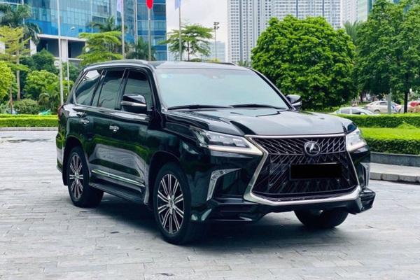 """Sau 2 năm sử dụng, xe của đại gia Việt Lexus LX 570 """"lỗ"""" không tưởng"""