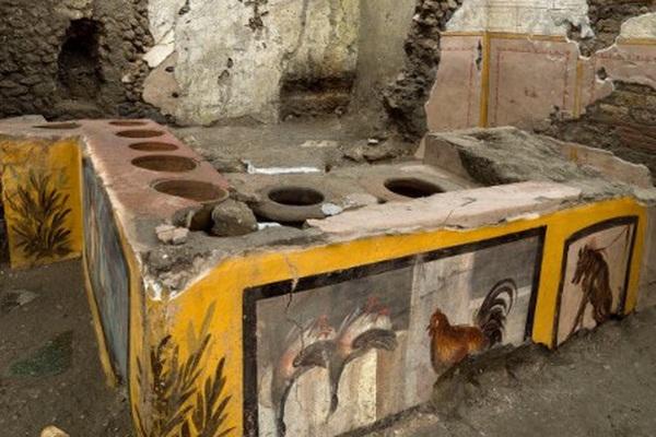 Chấn động giới khảo cổ: Tiệm ăn nhanh từ 2000 năm trước ở La Mã cổ đại với hài cốt bí ẩn bên trong