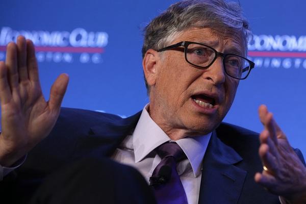Tỷ phú Bill Gates nói điều gay gắt về Donald Trump và mạng xã hội