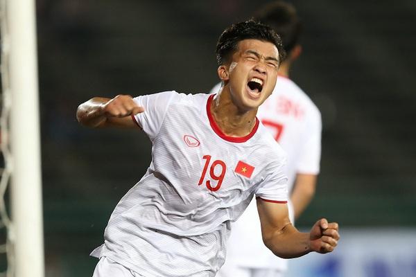 Tin tối (24/2): Đột ngột sang Nhật, tiền đạo U23 Việt Nam bị sốc