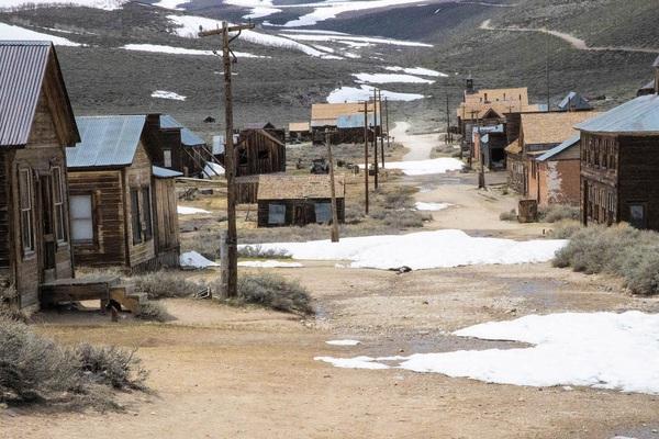 """Điều bí ẩn bên trong """"thị trấn ma"""" bị bỏ hoang gần 80 năm ở Mỹ"""