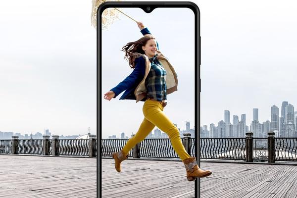Điện thoại Samsung Galaxy M02 chỉ hơn 2 triệu, gây sốt ngay sau Tết