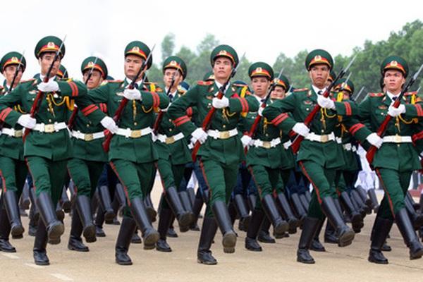 Quy định mới về thẩm quyền nâng lương cho quân nhân, viên chức quốc phòng