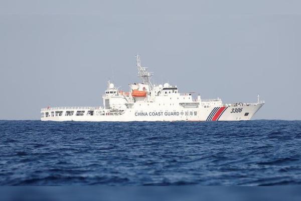 Trung Quốc tăng cường điều tàu quấy nhiễu vùng biển Nhật Bản