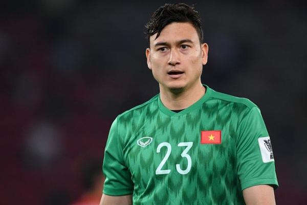 """Báo Thái Lan """"mỉa mai"""" Đặng Văn Lâm vì chuyện không liên quan ở J-League"""