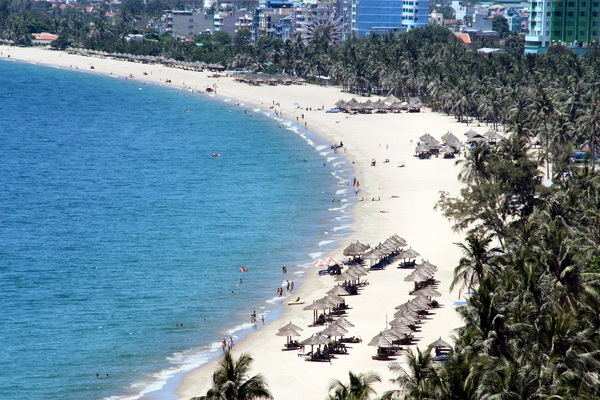 Đà Nẵng: Kích cầu du lịch, tổ chức chiếu phim trên bãi biển