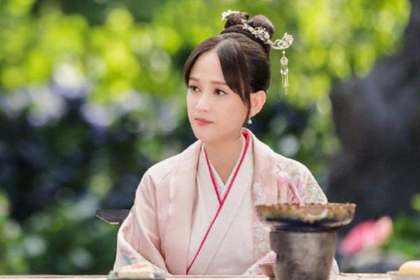 """Hoàng hậu nhân đức nhất nhà Hán: """"Đổi đời"""" do... gia đình sa sút"""