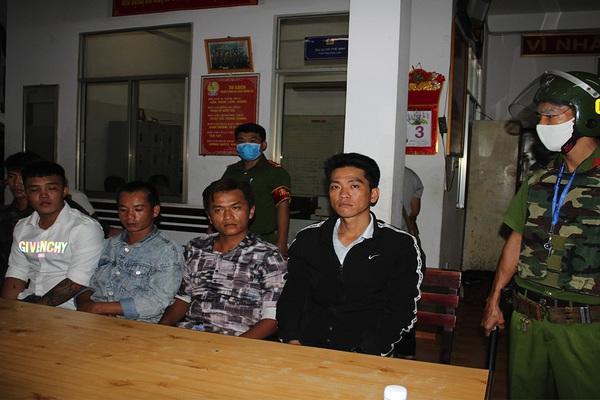 Khởi tố vụ 2 nhóm đối tượng nổ súng, hỗn chiến tại quán cà phê ở Cần Thơ