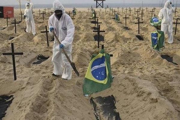 """Covid-19: Tình hình ở Brazil """"cực kỳ nguy cấp"""""""