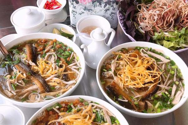 Bún thang lươn Hưng Yên, đặc biệt, ngon khó cưỡng ở nước dùng từ cua đồng và sá sùng