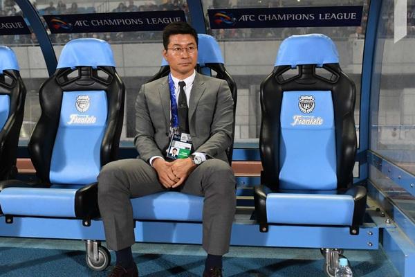 """Tin tối (10/4): Chi lương 800 triệu/tháng, Hà Nội FC mời HLV có lý lịch """"cực khủng""""?"""