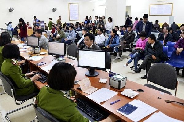 Thu 100 nghìn đồng làm thẻ căn cước ở Hải Phòng: Thu phí sai quy định có thể bị xử lý thế nào?