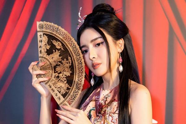 """Cảnh nóng của Hoạn Thư trong """"Kiều"""" bị chê dung tục, Cao Thái Hà hé lộ điều không ngờ"""
