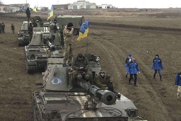 NI viết về nguy cơ xảy ra chiến tranh ở Donbass giữa Nga và Ukraine