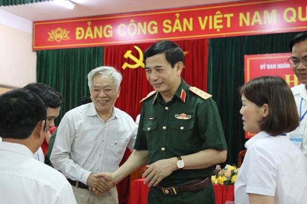 Cử tri nơi cư trú nhận xét gì về Bộ trưởng Quốc phòng Phan Văn Giang?