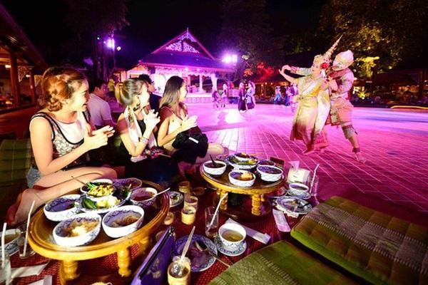 Du lịch 2021: Hà Nội và Huế lọt Top 10 điểm đến ẩm thực lý tưởng nhất Đông Nam Á