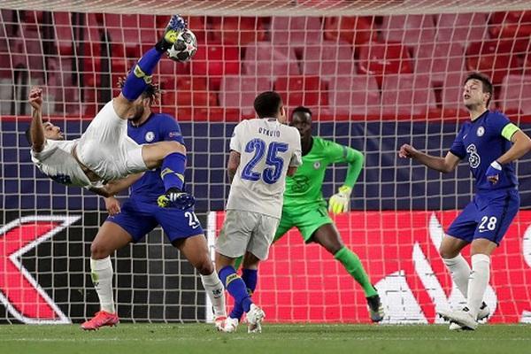 """Porto thắng lượt về, Sergio Conceicao """"xót ruột"""" khi đội nhà bị loại"""