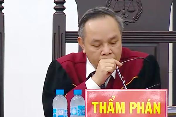Thẩm phán Trương Việt Toàn: Bộ Công Thương ký gì cũng đúng, vụ án đã không có 19 bị cáo