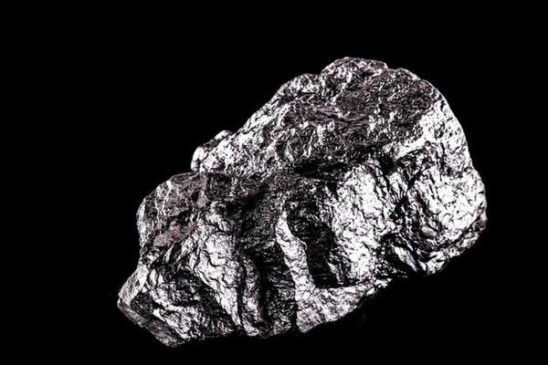 5 kim loại đắt nhất hành tinh: Kim cương không có chỗ