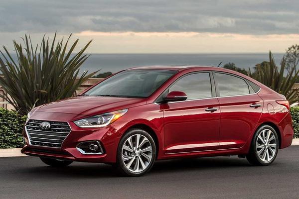 """Sự thật về mức """"ăn xăng"""" của Hyundai Accent bản đặc biệt"""