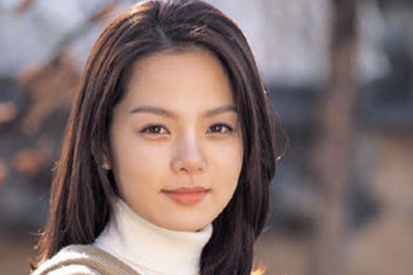 """Chae Rim của """"Tình yêu trong sáng"""": Phụ nữ đẹp nhất khi không thuộc về ai!"""