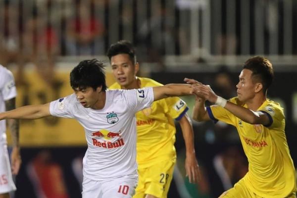 """Không phải HAGL, Nam Định mới là đội chơi """"bay"""" nhất V.League 2021"""
