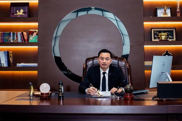 """Có """"chân"""" trong HĐQT Kienlongbank, Chủ tịch Sunshine Group Đỗ Anh Tuấn nhận thù lao bao nhiêu?"""