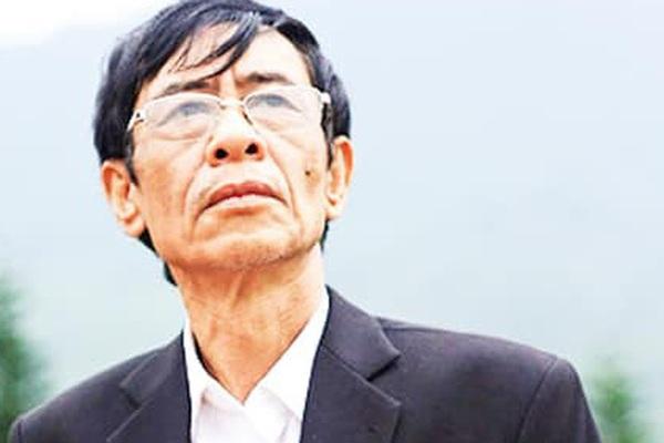 Hoàng Nhuận Cầm - người đọc thơ mê đắm nhất Việt Nam