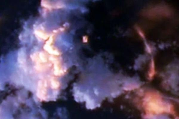 Tàu vũ trụ của người ngoài hành tinh bị bắt gặp gần Trạm Vũ trụ Quốc tế (ISS)