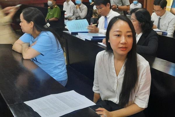 Vụ nữ tiếp viên hàng không bị tông: Người nhà, công chứng viên có được phép gặp bị can làm thủ tục?