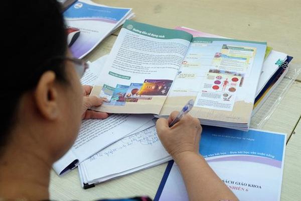 Hà Nội: Phê duyệt danh mục sách giáo khoa lớp 2, lớp 6 mới cho năm học 2021-2022