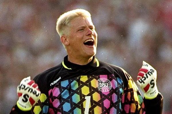 5 thủ môn xuất sắc nhất lịch sử EURO: Có huyền thoại của M.U