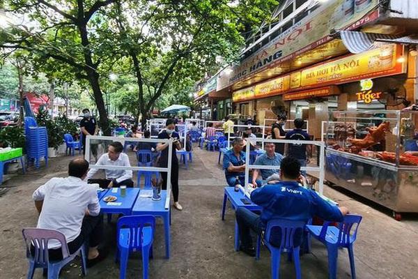 Hà Nội: Xem xét tạm dừng loại hình kinh doanh không thiết yếu như bia hơi