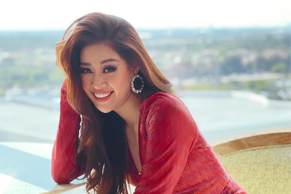 Sẵn sàng giúp đỡ đối thủ, Hoa hậu Khánh Vân tiếp tục ghi điểm tại Miss Universe 2020