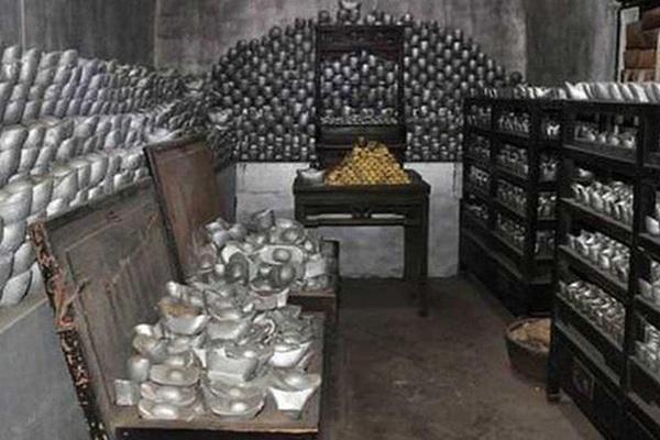 """Vụ trộm quốc khố lớn nhất lịch sử Thanh triều: Có 1.218 vạn lượng bạc,  """"bốc hơi"""" hơn 900 vạn lượng"""