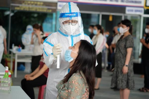Đà Nẵng: Bé gái 1 tuổi cùng người giúp việc dương tính SARS-CoV-2