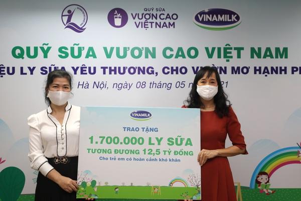 Quỹ Sữa Vươn cao Việt Nam: 19.000 trẻ em có hoàn cảnh khó khăn được tài trợ uống sữa trong năm 2021
