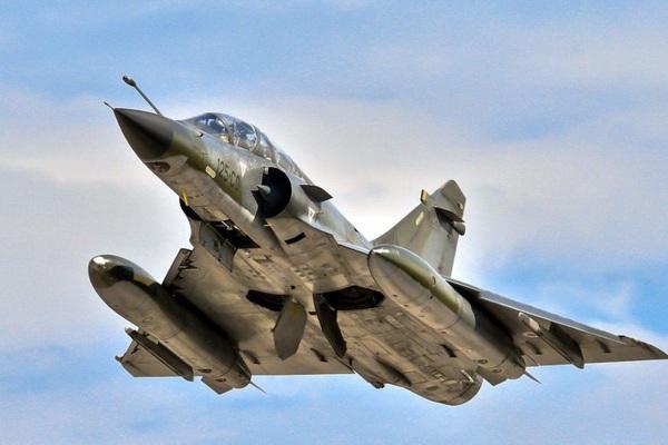 Nga tung Su-30 đánh chặn 3 máy bay quân sự của Pháp trên Biển Đen, chuyện gì đang xảy ra?
