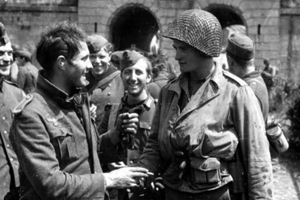 Trận chiến kỳ lạ nhất giữa lính Mỹ và Đức trong Thế chiến II