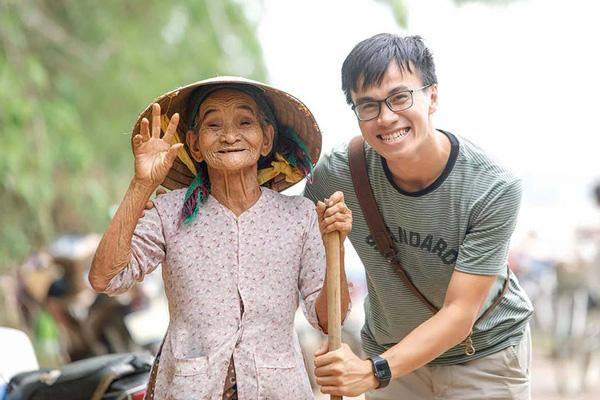 Lê Quang Long: Chàng nhiếp ảnh gia liều lĩnh bán cả gia tài xe máy và laptop để theo đuổi đam mê