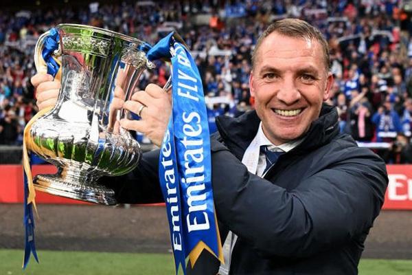 Leicester lần đầu vô địch FA Cup, HLV Rodgers tặng danh hiệu cho ai?