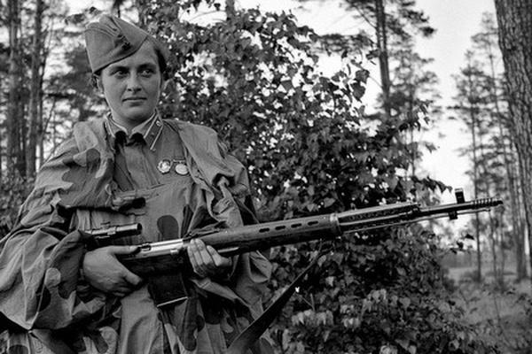 3 nữ xạ thủ Liên Xô gieo rắc cái chết cho phát xít Đức: Bắn hạ 309 lính