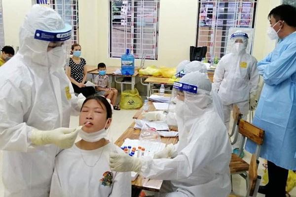 """Thêm 116 ca Covid-19 mới, Bắc Giang, Bắc Ninh vẫn """"nóng"""""""