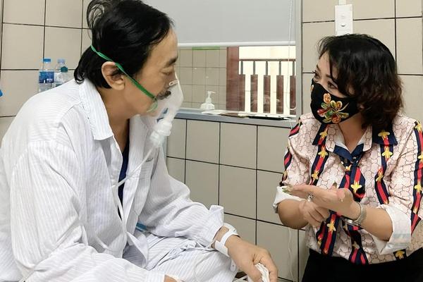 Nghệ sĩ Giang Còi bệnh trở nặng, ho ra máu... phải nhập viện cấp cứu gấp