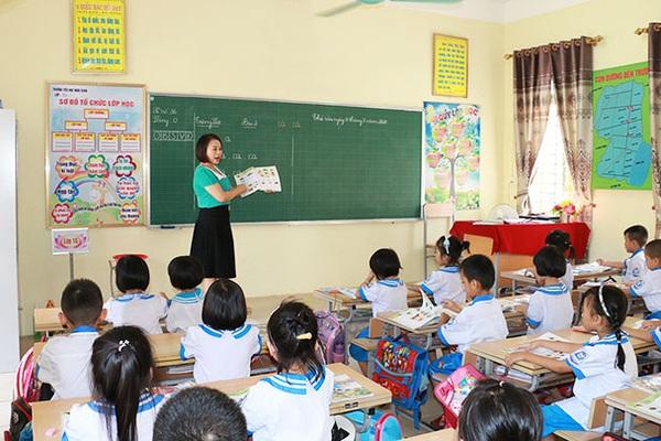 NÓNG: Học sinh TP.HCM chính thức dừng đến trường từ ngày 10/5