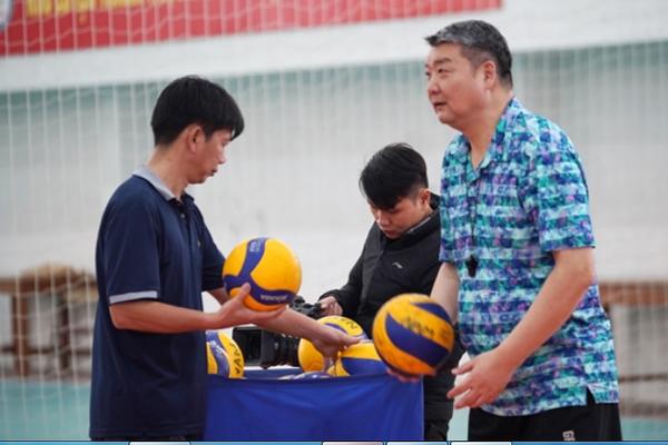 ĐT bóng chuyền nam Việt Nam nhận tin cực vui từ HLV Trung Quốc