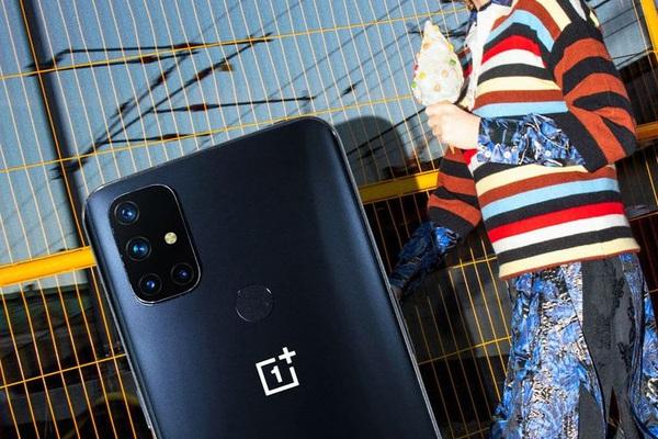 Điện thoại 5G rẻ nhất Việt Nam giảm giá hấp dẫn