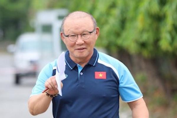 """HLV Park Hang-seo khiến tất cả """"việt vị"""" vì cái tên này ở ĐT Việt Nam"""